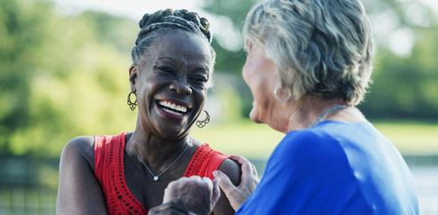 2 ladies laughing
