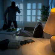 intrusion of a burglar in a house inhabited
